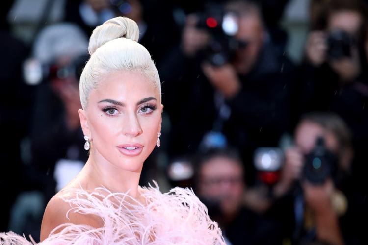 Lady Gaga Valentino Voce Viva