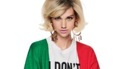 Moschino collezione Resort 2021: colore, energia e il tributo all'Italia