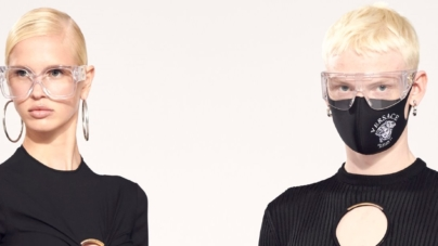 Versace Flash Collection 2021 abiti: geometrie pop e glamour puro, tutti i look
