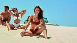 Costumi da bagno Calzedonia 2020: i bikini glam dell'estate