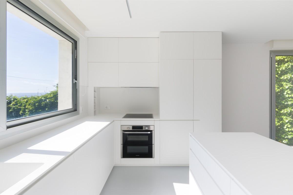Cucina minimal bianca e moderna