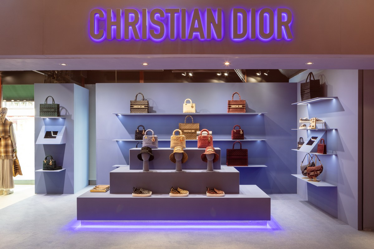 Dior Harrods pop up store 2020