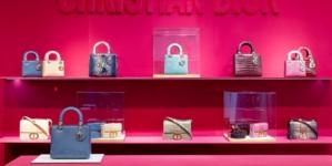 Dior Harrods pop up store 2020: le nuove versioni delle borse emblematiche della Maison