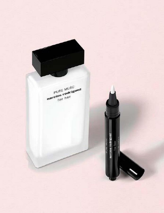 Narciso Rodriguez for her perfumed pen
