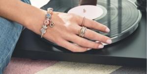 Pandora nuova collezione Signature 2020: gioielli per creare uno stile unico e personale
