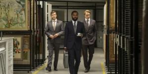 Tenet film Christopher Nolan: l'inversione temporale in un thriller adrenalinico