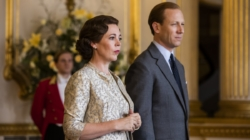 The Crown 4 Netflix: Emma Corrin è Lady Diana, Gillian Anderson è Margaret Thatcher