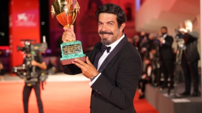 Festival di Venezia 2020 vincitori: Nomadland, Pierfrancesco Favino e Vanessa Kirby