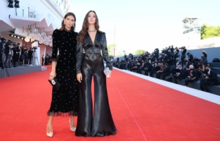 """VENICE, ITALY - SEPTEMBER 02: (L-R) Viola and Vera Arrivabene walk the red carpet ahead of the Opening Ceremony and the """"Lacci"""" red carpet during the 77th Venice Film Festival at  on September 02, 2020 in Venice, Italy. (Photo by Pascal Le Segretain/Getty Images)"""
