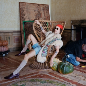 Gucci The Epilogue campagna Cruise 2021: l'allegoria teatrale, gli scatti e il video