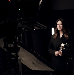 Io Sì Seen Laura Pausini: il videoclip della canzone del film La Vita Davanti A Sé