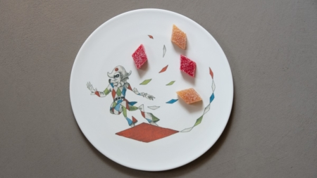 KnIndustrie piatti dessert Davide Oldani: le ceramiche da pâtisserie firmati dall'artista Vanni Cuoghi