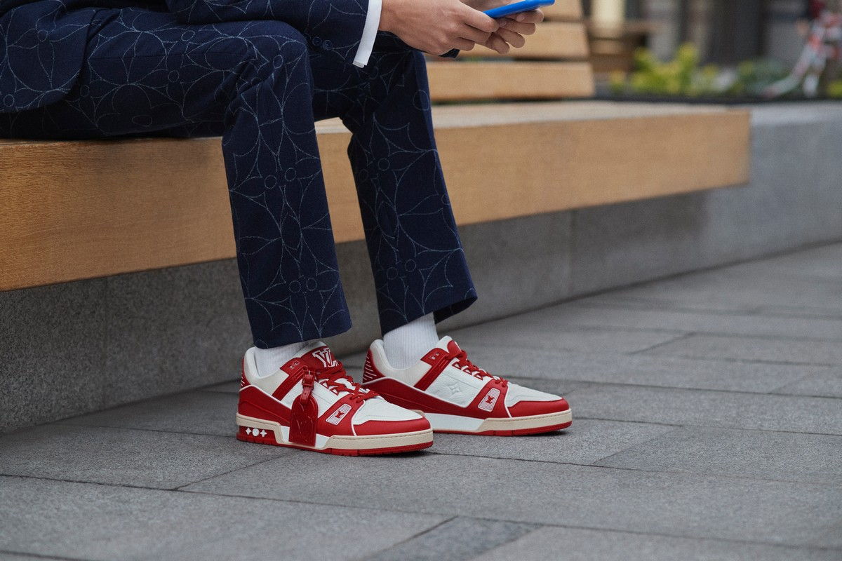 Louis Vuitton sneaker Trainer Red AIDS