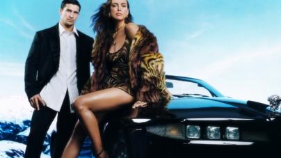 Versace campagna Holiday 2020: il suggestivo road-trip con Irina Shayk