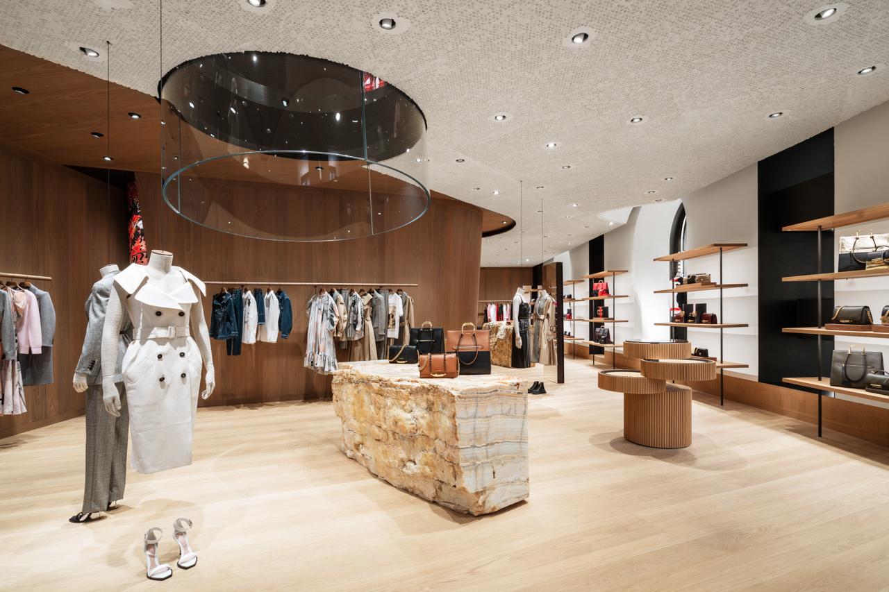 Alexander McQueen boutique Milano