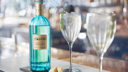 Italicus Rosolio di Bergamotto cocktail: il rituale dell'aperitivo da gustare durante le feste