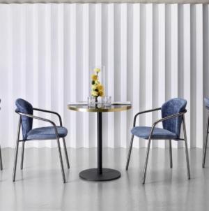 Scab Design sedie Finn 2020: materiali e finiture contrastanti, sintesi di grande versatilità