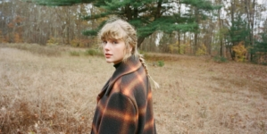"Taylor Swift evermore: il nuovo album e il video ufficiale del singolo ""willow"""