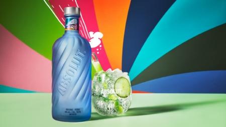 Vodka Absolut Movement Limited Edition: la bottiglia che ispira la connessione tra le persone