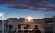 Foscarini lampada a sospensione Bump: la luce informale firmata da L+R Palomba