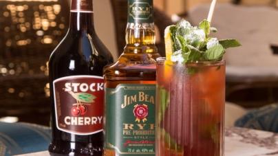 La Mandrakata ricetta cocktail: il drink che rende omaggio all'iconico film Febbre da cavallo