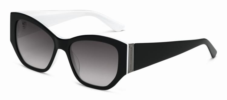 Occhiali da sole Karl Lagerfeld: la nuova montatura esclusiva, ispirata allo stile eccezionale e all'attitudine sofisticata di Karl Lagerfeld.
