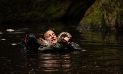 Scuola di sopravvivenza missione safari: il nuovo film interattivo con Bear Grylls su Netflix