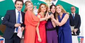 Burraco Fatale Amazon Prime Video: il film con Claudia Gerini, Angela Finocchiaro e Caterina Guzzanti