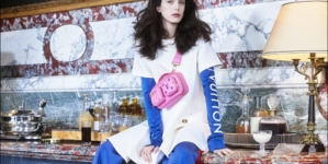 Louis Vuitton Pre Fall 2021 Stacy Martin: la nuova eroina in un'inedita versione di Nouvelle Vague