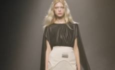 "MM6 Maison Margiela autunno inverno 2021: ""Reverse"", il video e tutti i look"