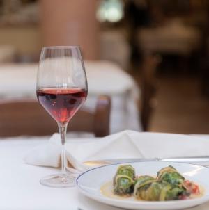 Cucina pasquale abruzzese tradizionale: i vini abruzzesi per il brindisi delle feste