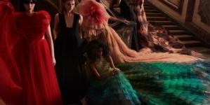 Dior Donna autunno inverno 2021: le fiabe che rompono gli archetipi, tutti i look e il video