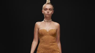 GCDS autunno inverno 2021: look in Alcantara, sintesi del tailor-made più sofisticato