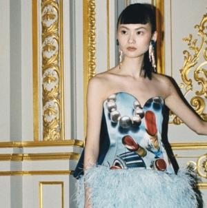 Lanvin Donna autunno inverno 2021: glamour e joie de vivre, eleganza e frivolezza, tutti i look