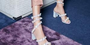 René Caovilla scarpe autunno inverno 2021: sandali iconici e forme inedite