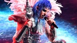 Sanremo 2021 look prima serata: Zlatan Ibrahimović, Achille Lauro e tutti gli abiti sul palco dell'Ariston