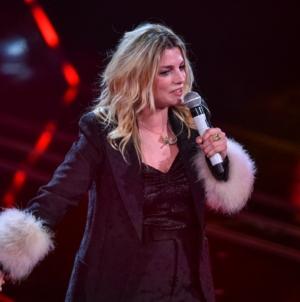 Sanremo 2021 look quarta serata: vince Gaudiano, tutti gli abiti sul palco dell'Ariston