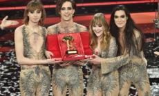 Sanremo 2021 look ultima serata: vincono i Maneskin, tutti gli abiti dei cantanti e degli ospiti