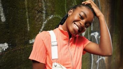 "Tommy Hilfiger Jeans primavera 2021: la campagna ""Music Takes Us Further"""