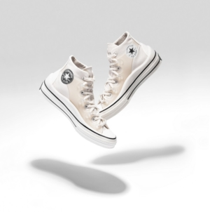 Converse x Kim Jones: la capsule collection che reinterpreta l'iconica Chuck 70