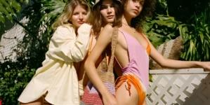 Costumi da bagno Pull&Bear 2021: tanti bikini e twin-set colorati per la proposta mare