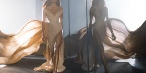 Elie Saab Le Parfum 10 anniversario: la nuova campagna pubblicitaria con Cindy Bruna