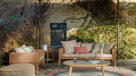 Kave Home catalogo outdoor 2021: la collezione contemporanea per arredare terrazze e giardini