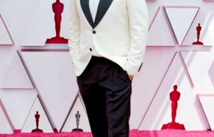 LOS ANGELES, CALIFORNIA – APRIL 25: Daniel Pemberton attends the 93rd Annual Academy Awards at Union Station on April 25, 2021 in Los Angeles, California. (Photo by Chris Pizzelo-Pool/Getty Images)