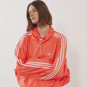 Stella McCartney capsule adidas estate 2021: la linea che fonde moda e sport in modo eco-friendly
