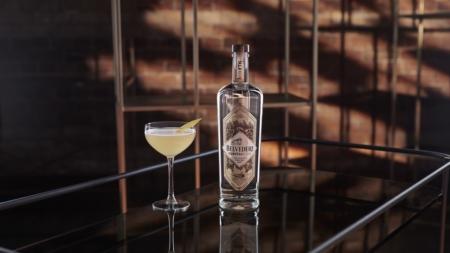 World Cocktail Day 2021: il nuovo cocktail Belvedere B, gusto intenso e freschissimo
