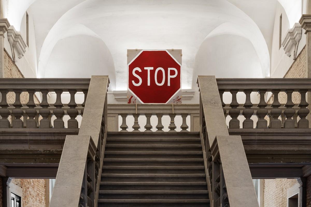 Fondazione Prada Venezia mostra Stop Painting