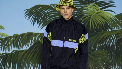 Moschino Uomo Resort 2022: un look 100% surf style