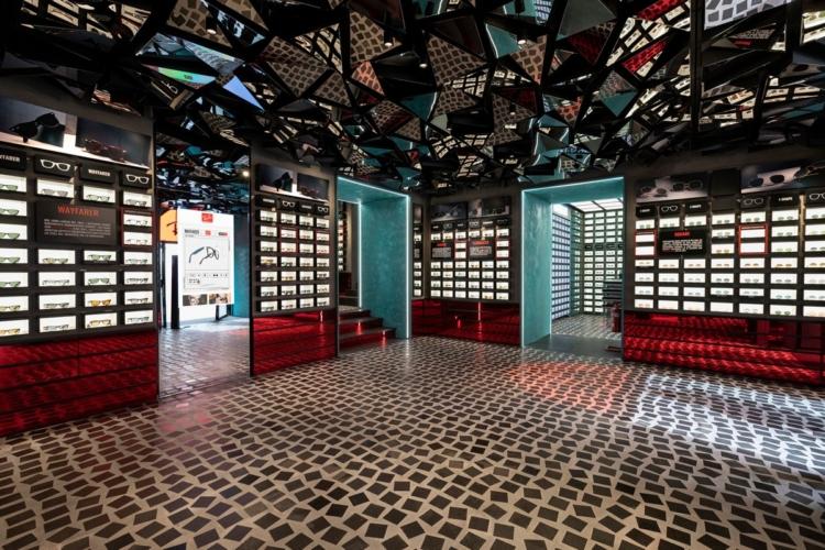 Ray-Ban store Napoli