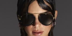 Versace occhiali primavera estate 2021: la campagna con Kendall Jenner